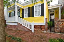 pet friendly vacation rental in savannah, georgia